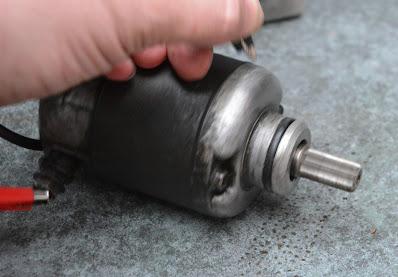 Honda CBR 125 How to test the starter motor