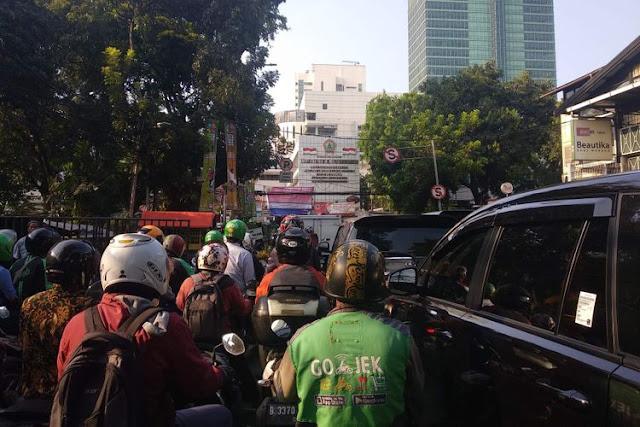 Macet karena Promo Pertamax, Polisi Turunkan Tim Pengurai Kemacetan