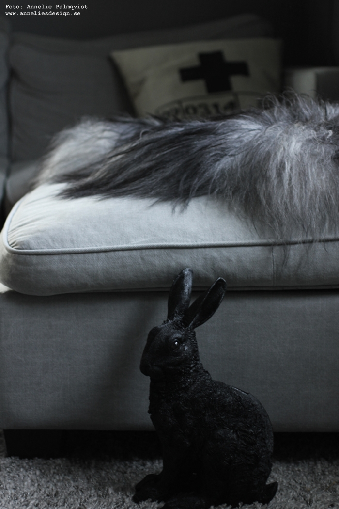 annelies design, kanin, vardagsrum, grått, fårskinn