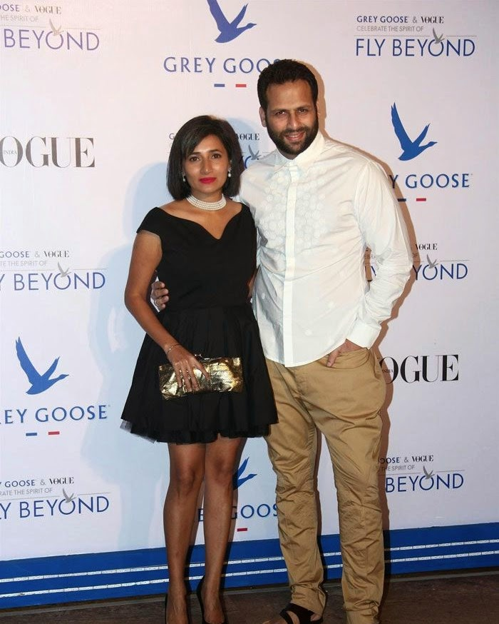 Schauna Chauhan, Bikram Saluja, Pics from Red Carpet of Grey Goose & Vogue's Fly Beyond Awards 2014
