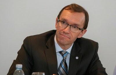 Cyperns denktas kritisk till fn plan