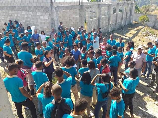 Estudiantes de Yaque en Vigilia Permanente pidiendo construcción del Liceo