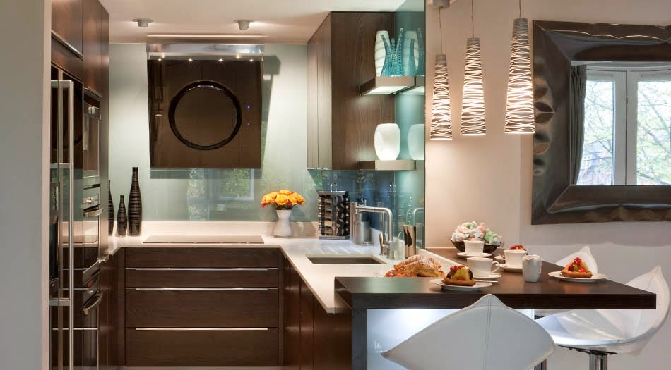 cocina-con pared-frontal-en-vidrio-designs.neillerner3