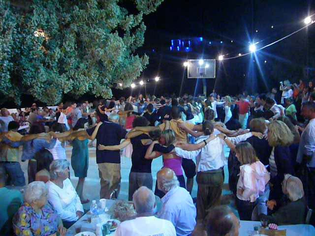 Danze del Panigiri di ferragosto a Ikaria