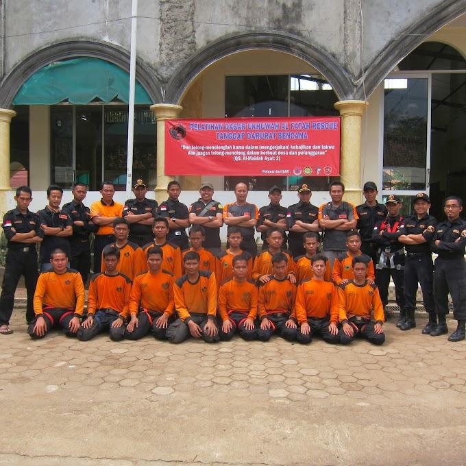 Pelatihan dasar Ukhuwah Alfatah Rescue