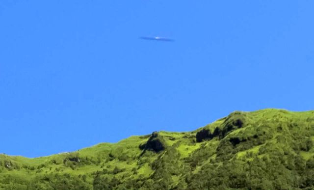 UFO News ~ Cigar-Shaped UFO appears over the island of São Miguel, Azores and MORE Cigar-shaped%2Bufo%2Bazores