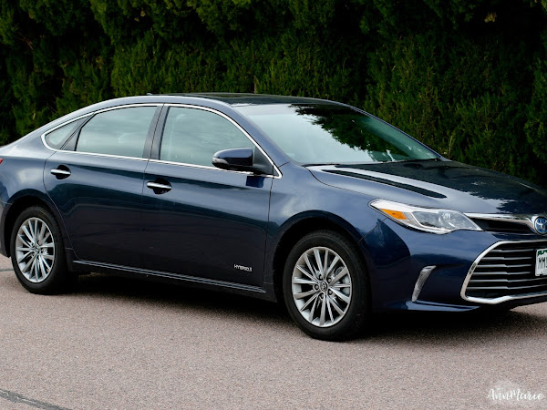 Toyota Safety Sense & the 2017 Toyota Avalon Hybrid ~ #LetsGoPlaces