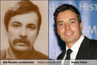 Foto de famoso inmortal o viajero en el tiempo.