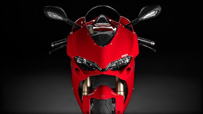 Ducati 1299 Panigale S front look