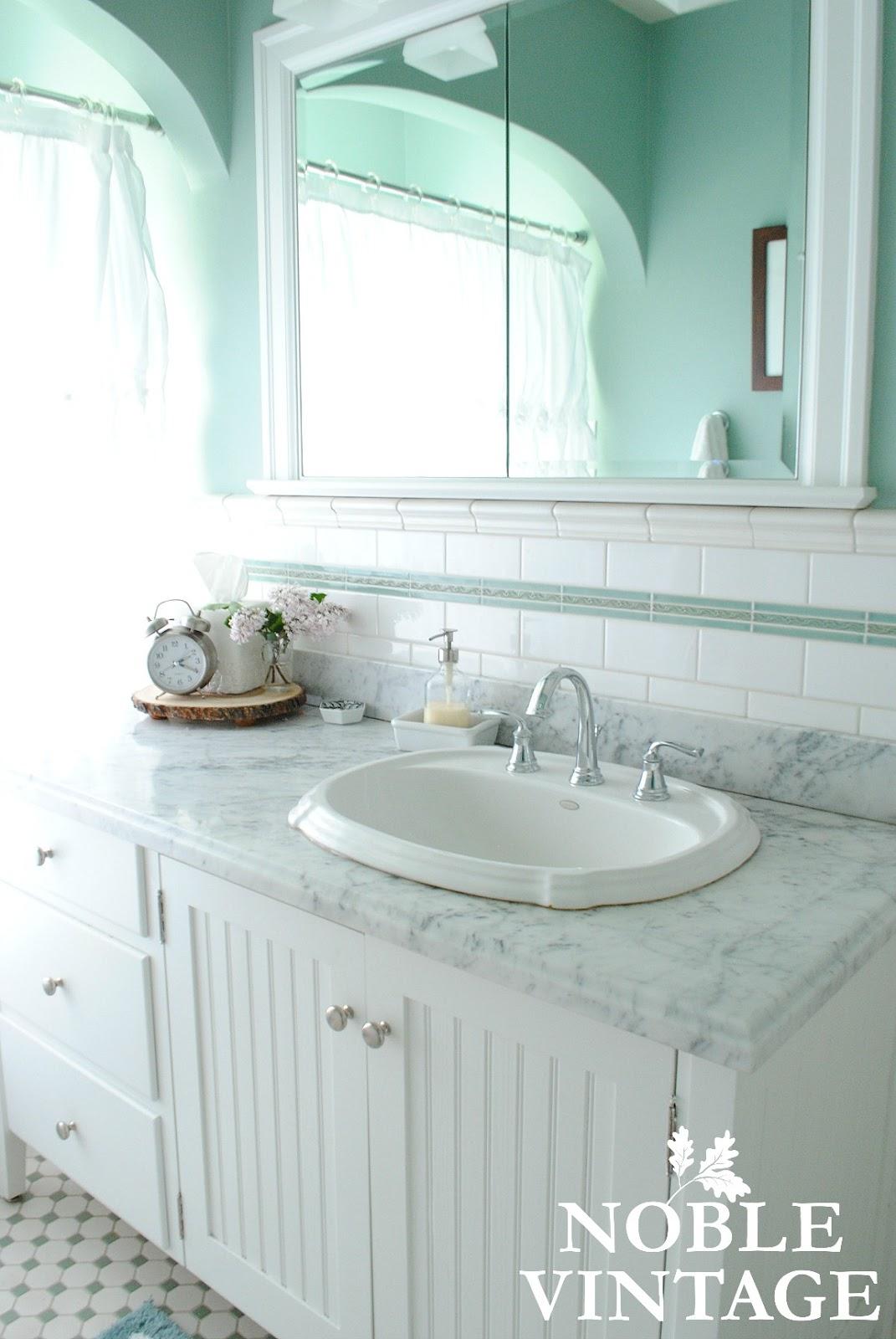 cottage vintage bathroom - Noble Vintage