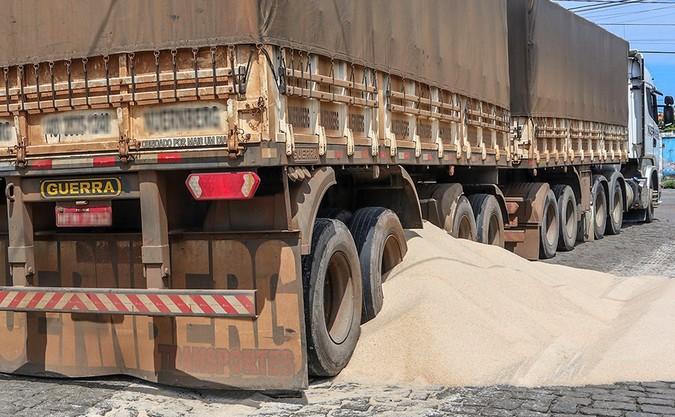 Roubos de cargas caem 80% em Paranaguá