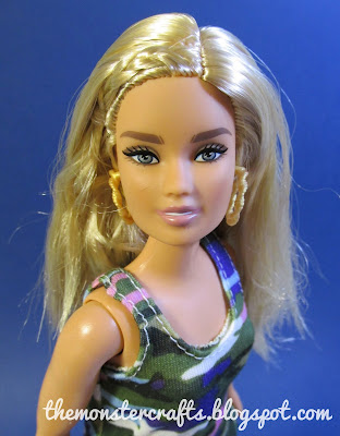 Barbie Fashionista Curvy Urban Camo review