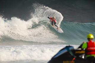 16 Ethan Ewing AUS Pantin Classic Galicia Pro foto WSL Laurent Masurel
