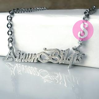 kalung nama monel silver grafir - ainunbilqis