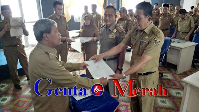 Pejabat Lama Kembali Kekesatuan TNI, Kasat Pol PP Lamteng Diserahterimakan