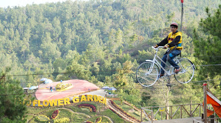 Gowes Air Batu Flower Garden Bukit Bulu Salika Travel