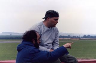Kubrick con Vincent D'Onofrio en la filmación de La chaqueta metálica