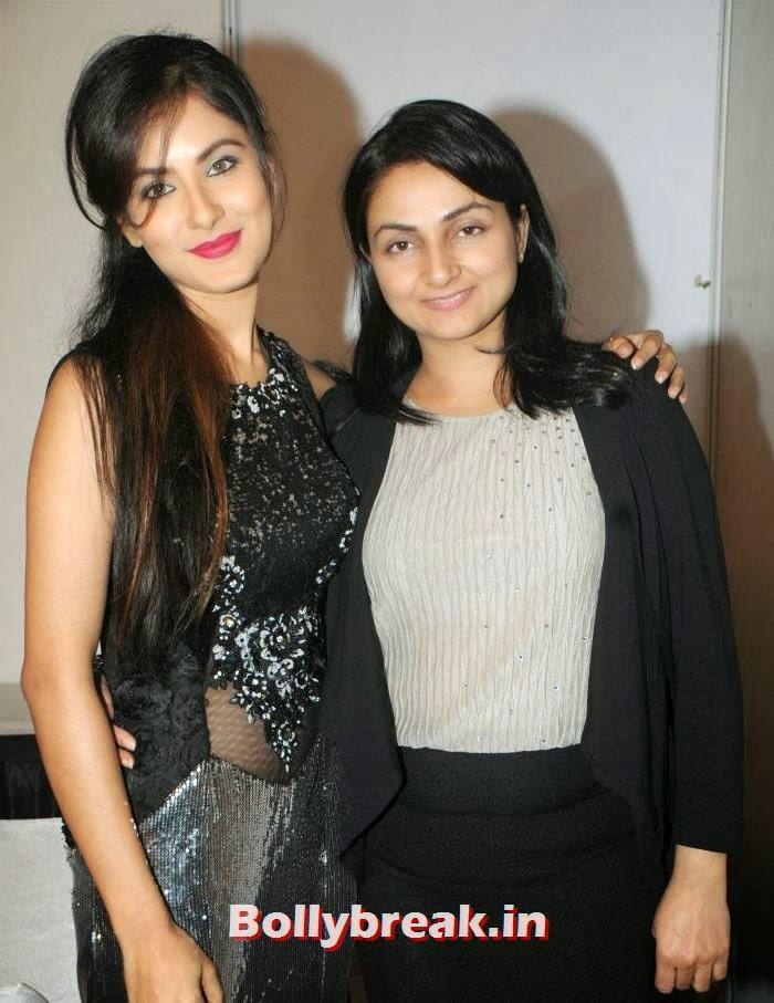 Pooja Banerjee, Anupama Verma, Rohit Verma's Fashion Show Pics