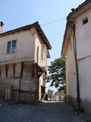 китни улици из Охрид