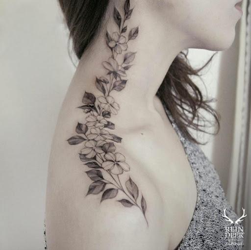 Este floral peça