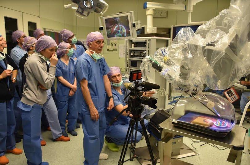 Superquark Anticipazioni puntata 4 luglio: Piero Angela sulla robotica dell'ospedale di Forlì.