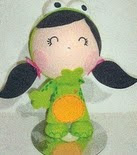 http://fofuchasevacia.blogspot.com.es/2011/07/molde-fofucha-menina-sapo.html