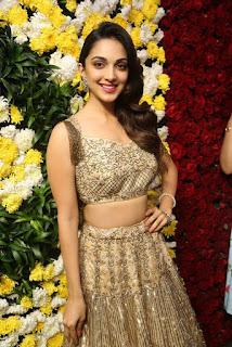 Kiara Advani in Sleeveless Choli and Skirt at Sirisha Reddy Flagship Store Launch