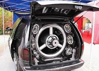 camioneta van con super sonido
