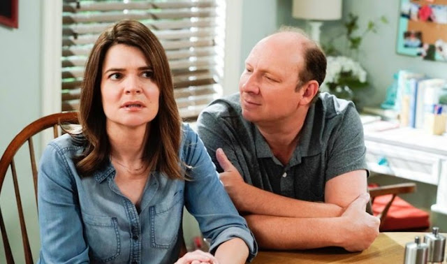 "1 - Life In Pieces (S04E05) ""Sonogram Frog Rub Family"" Episode Preview"