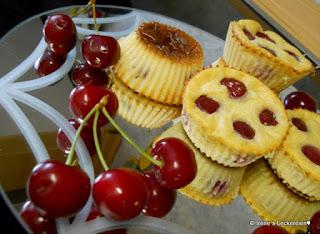 http://irenesleckereien.blogspot.com/2011/06/falscher-mini-kirsch-clafoutis.html