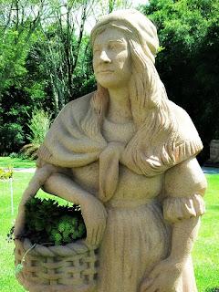 A Mulher, Tradições dos Imigrantes Alemães no Parque Pedras do Silêncio, Nova Petrópolis
