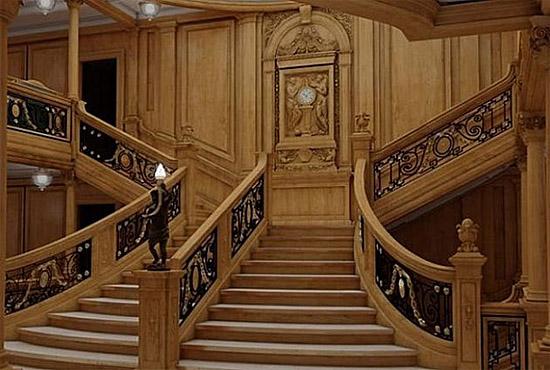 Titanic 2 - Escadaria principal