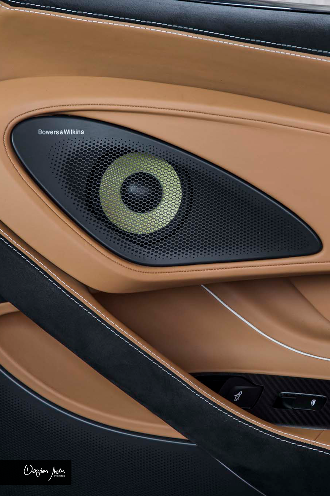 Sistema de áudio B&W Bowers & Wilkins desenvolvidos para os automóveis McLaren | Dagson Sales Projetos