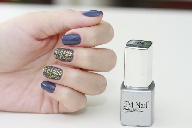 EM Nail 83 Mystical Blue, czyli nieoczywisty granat