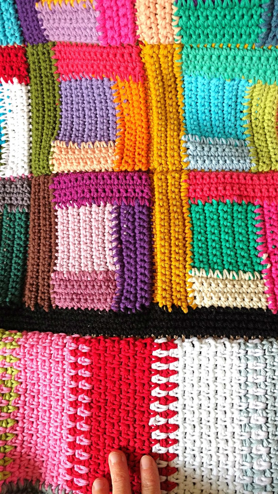 Hookloops new crochet log cabin blanket for Log cabin blanket