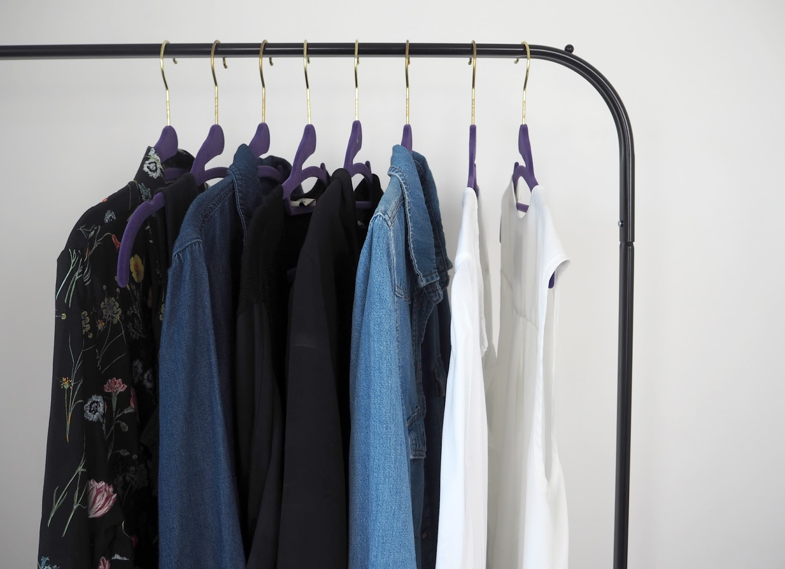 5 tips for organising the clothes in your wardrobe