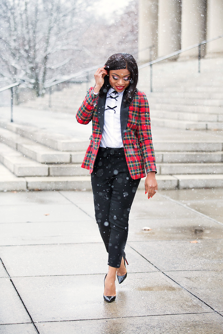 Plaid blazer for holiday work style, www.jadore-fashion.com