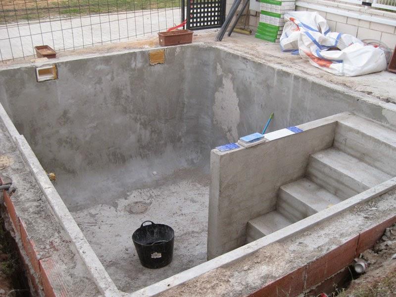 Piscinas cr 926 223 996 ciudad real for Construccion de piscinas de concreto