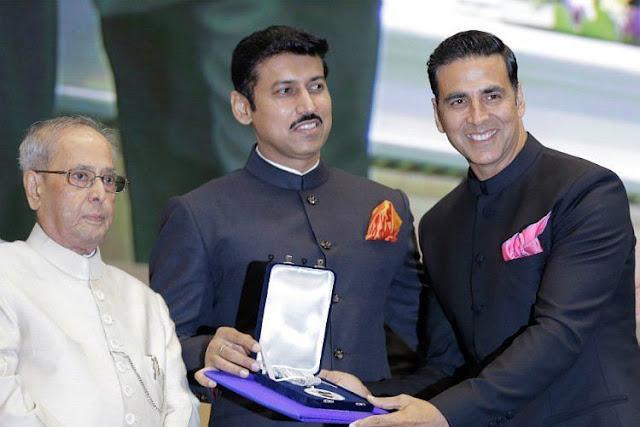 Akshay Kumar receives his first National Film Award