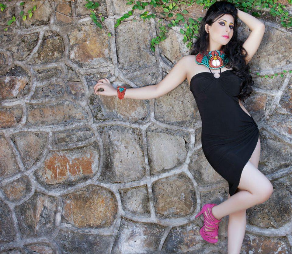 Urvashi Chaudhary Hot PhotosUrvasi Hot