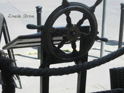 budapesta-restaurantul-sailor-inn-intrarea-pe-terasa