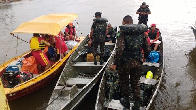 As Equipes de buscas acabam de sair de Itaituba com destino ao local onde a balsa afundou na tarde de ontem