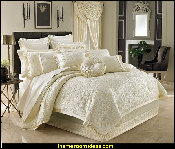 Marquis King bedding