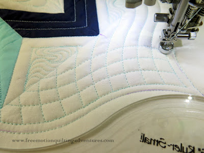 quilting with rulers double curved crosshatching