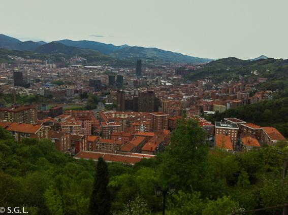Vista de Bilbao desde el restaurante Kate Zaharra. Bilbao