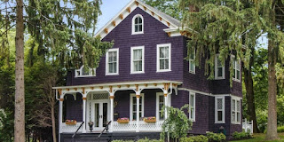 Kombinasi warna cat rumah indah Victorian Purple