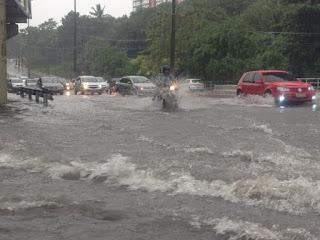 Vídeo mostra efeitos dos mais de 400 mm de chuva que já caíram em JP