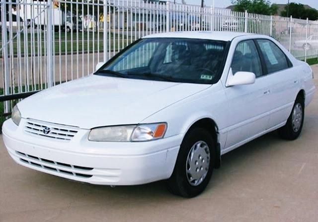 1999 Toyota Camry LE Specs Price