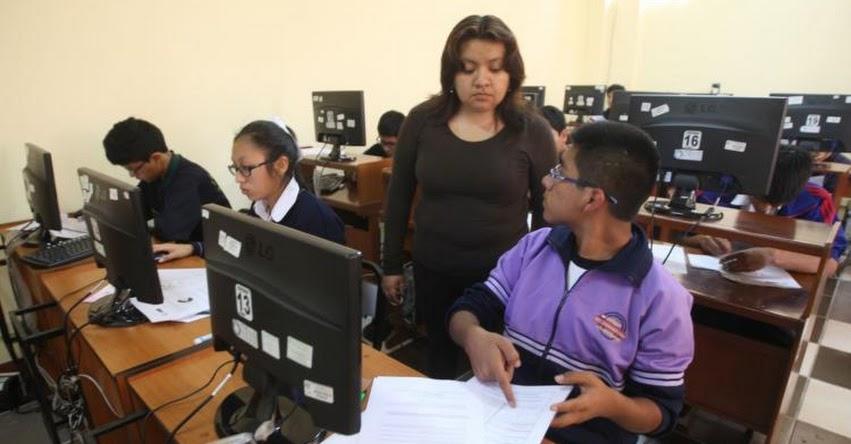 Evaluación por letras en secundaria permitirá medición más objetiva de logros, sostiene educador Edward Roekaert