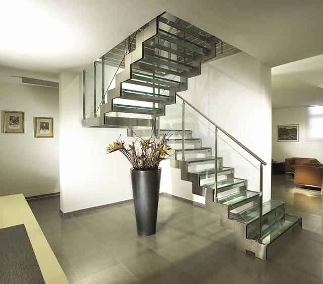 Cầu thang kính - mẫu số 4